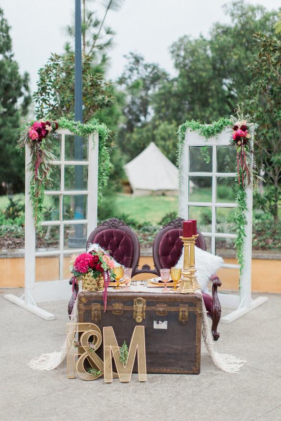 Rustic sweetheart wedding table