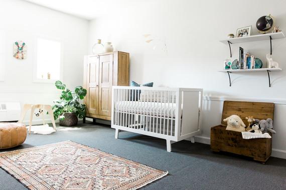 Modern Nursery neutral modern nursery ideas | nursery decor | 100 layer cakelet
