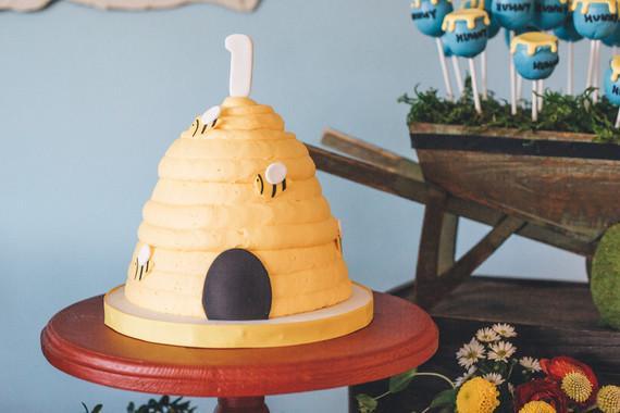 Winnie the Pooh 1st birthday party