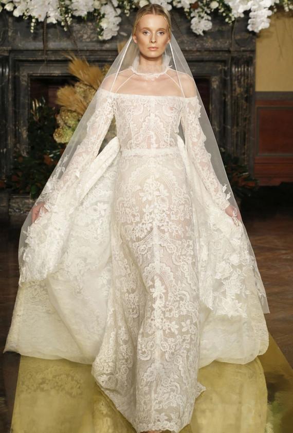 Nolan Cris wedding gown