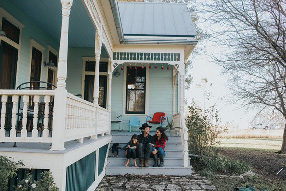 Farmhouse holiday family photos