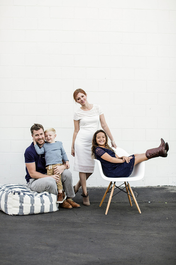 modern urban family photos