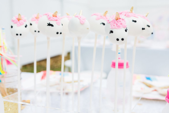 Unicorn Cake Pops Birthday Party