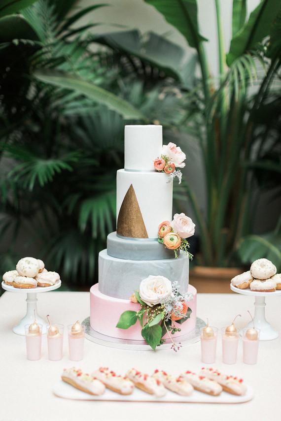 Modern pink dessert table