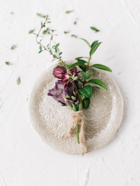 Minimal, organic florals
