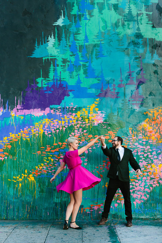 Colorful engagment portraits
