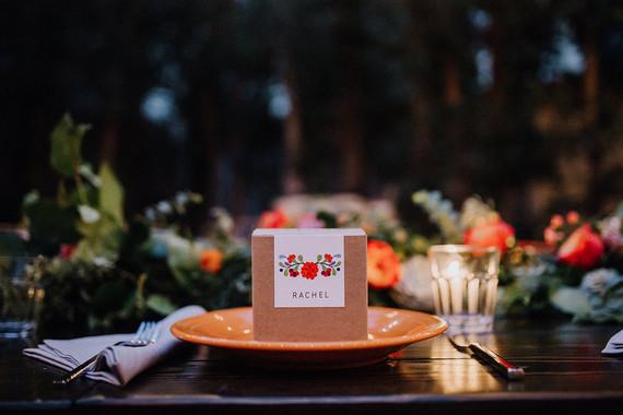 Pigment wedding favors