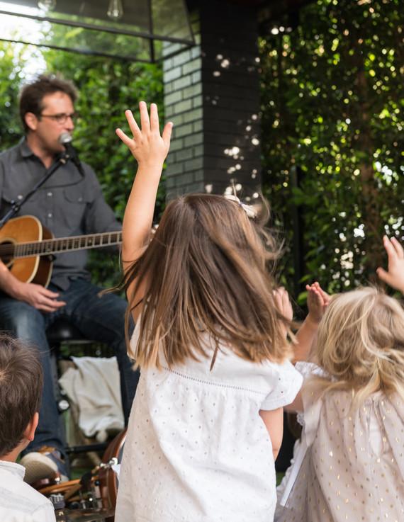 modern family cinco de mayo party