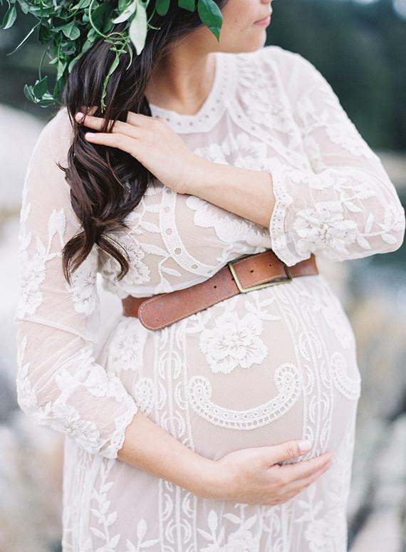 Seaside family maternity photos