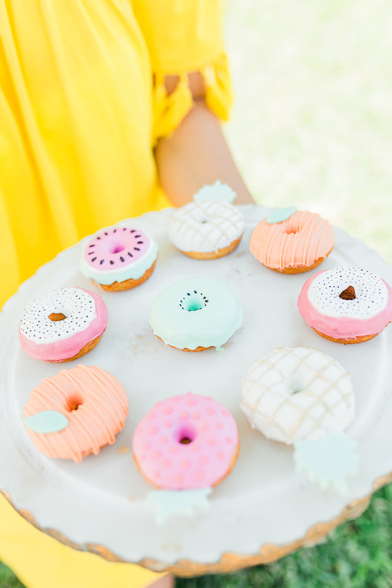 pastel donuts