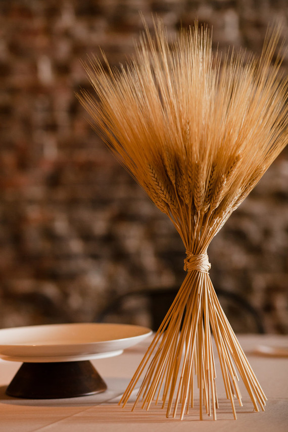 Wheat stalk wedding decor