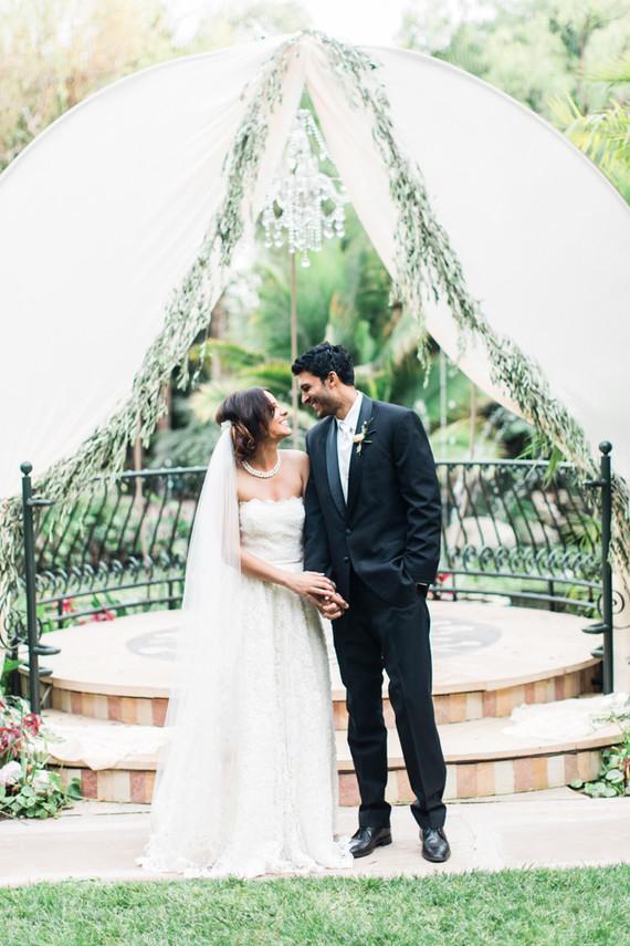 Romantic Garden Wedding At Edens Gardens