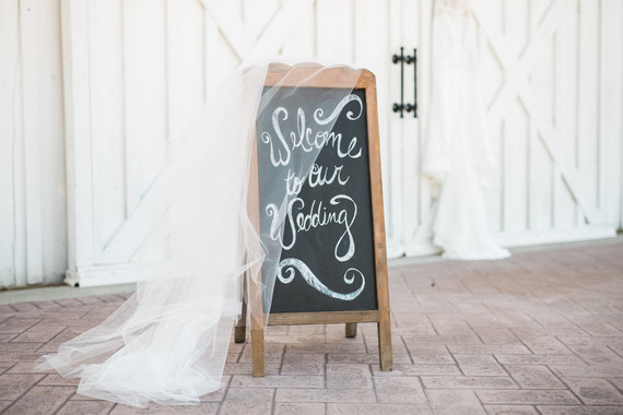 Wedding at the White Sparrow Barn in Quinlan, TX