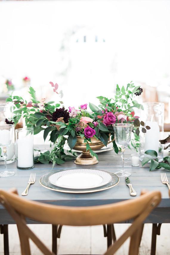 Bright, modern barn wedding