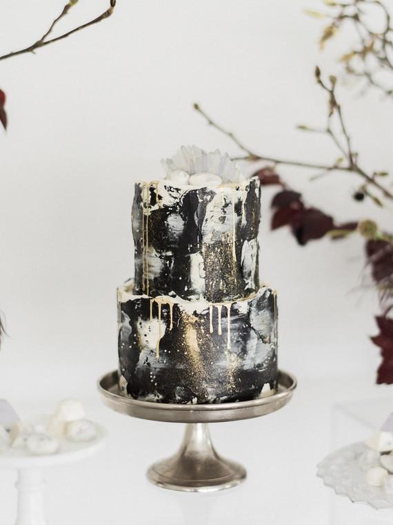 Black celestial inspired wedding cake