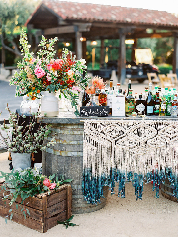 Bright, romantic California wedding at Holman Ranch