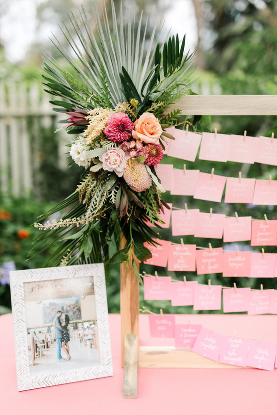 Tropical escort card display