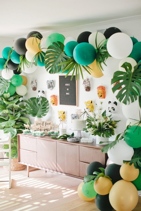 Jungle-themed 1st birthday | Beijos Events birthday party | 100 ...