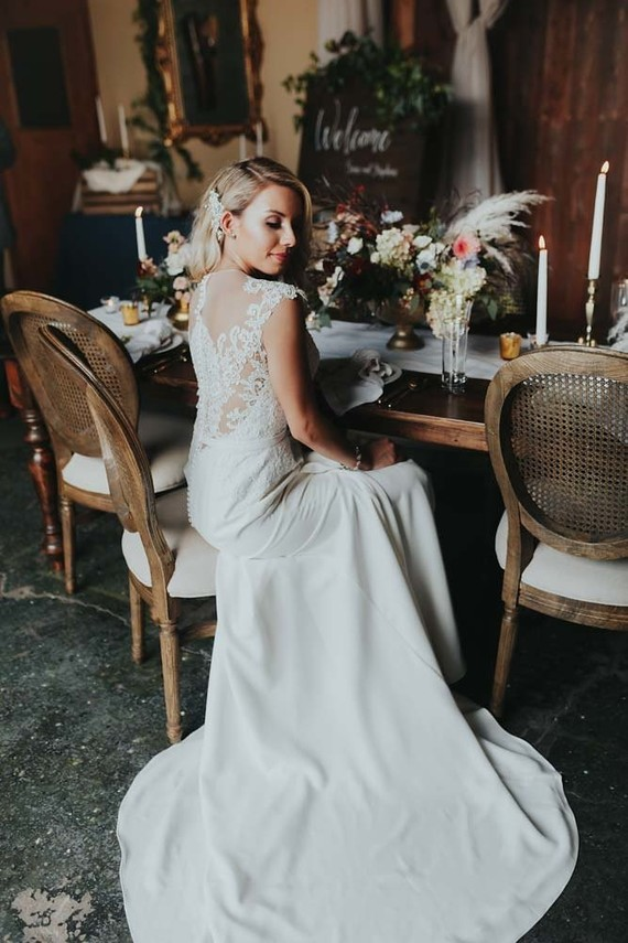 Romantic fall wedding inspiration at The Foundry in Nashville