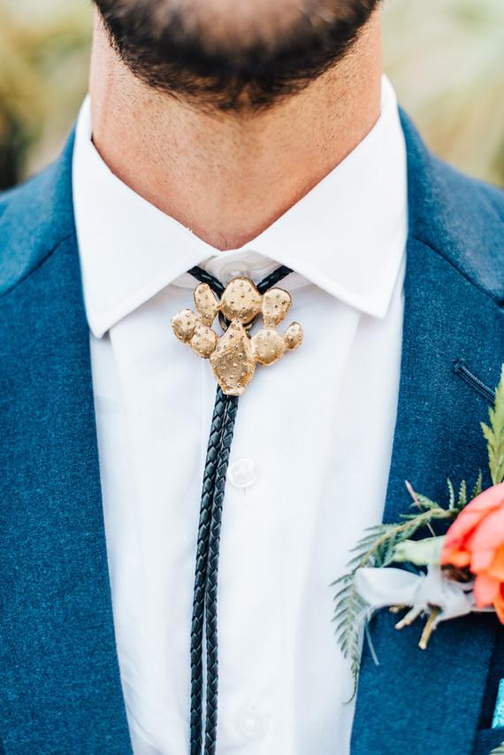 Gold cactus bollo tie