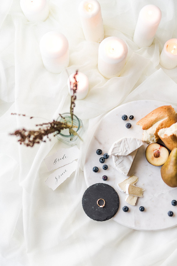Organic minimal bridal inspiration