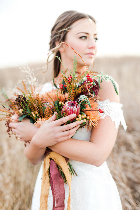 Organic, minimal fall bridal inspiration