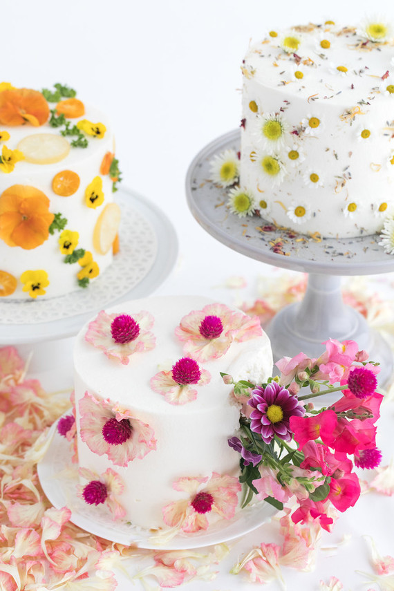 Three Ways To Decorate A Cake Using Edible Flowers 100 Layer Cake