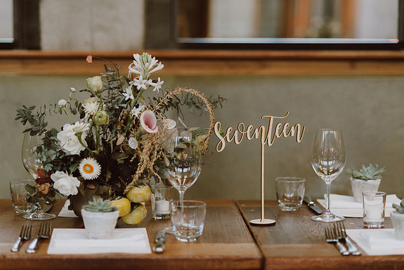 Rustic modern fall wedding florals