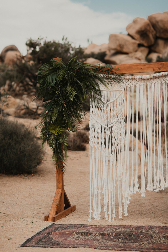 Macrame ceremony backdrop in Joshua Tree