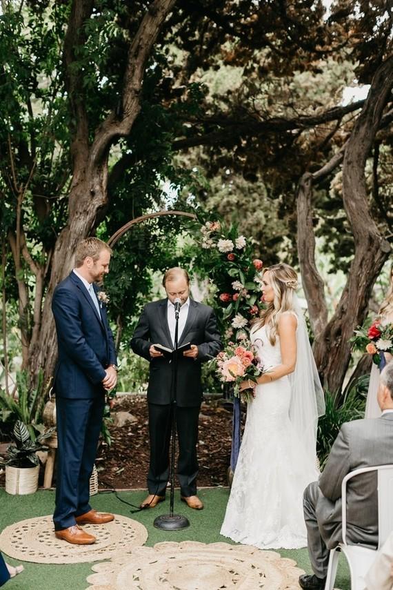 Modern tropical wedding at the San Diego Botanic Garden