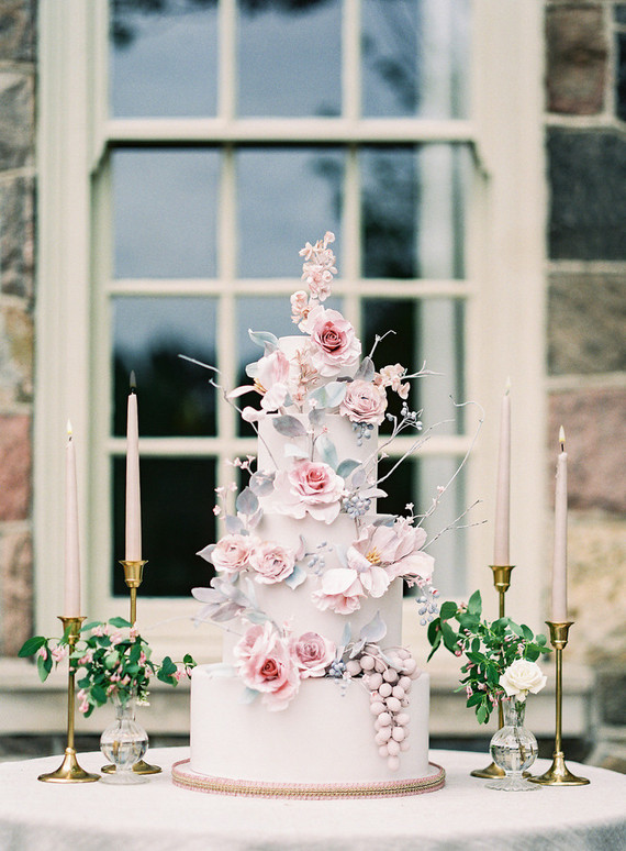 Elegant spring floral wedding cake