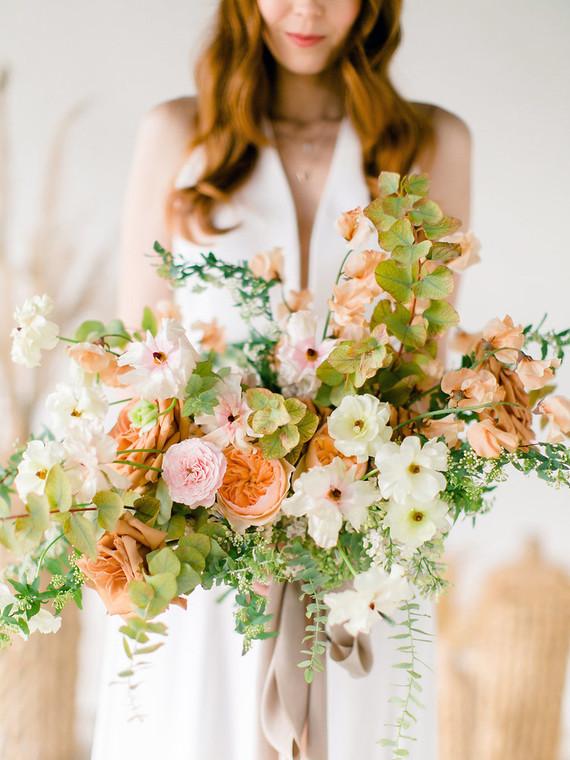 Peachy natural Austin summer wedding ideas at Garden Grove