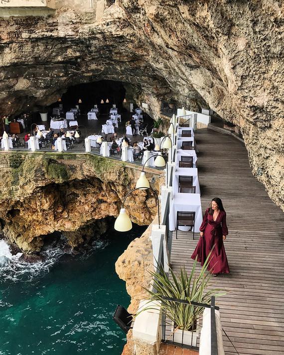 Cave restaurant in Polignano a Mare