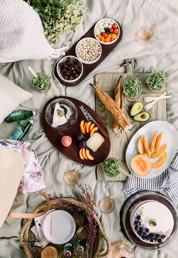 The perfect easy summer picnic with Crate and Barrel