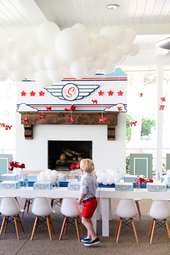 Airplane themed boys birthday party | Boy birthday parties