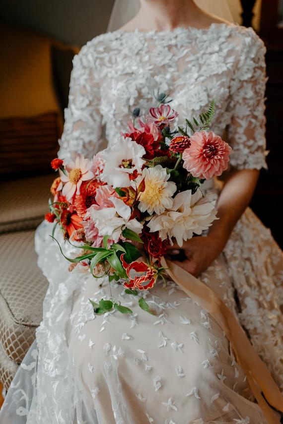 Gorgeous romantic fall bouquet