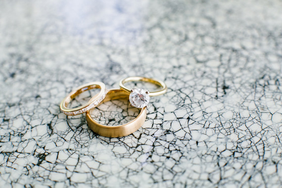 Modern gold wedding rings