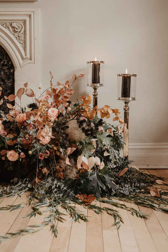 gorgeous fall wedding flowers with shades of coral and rust