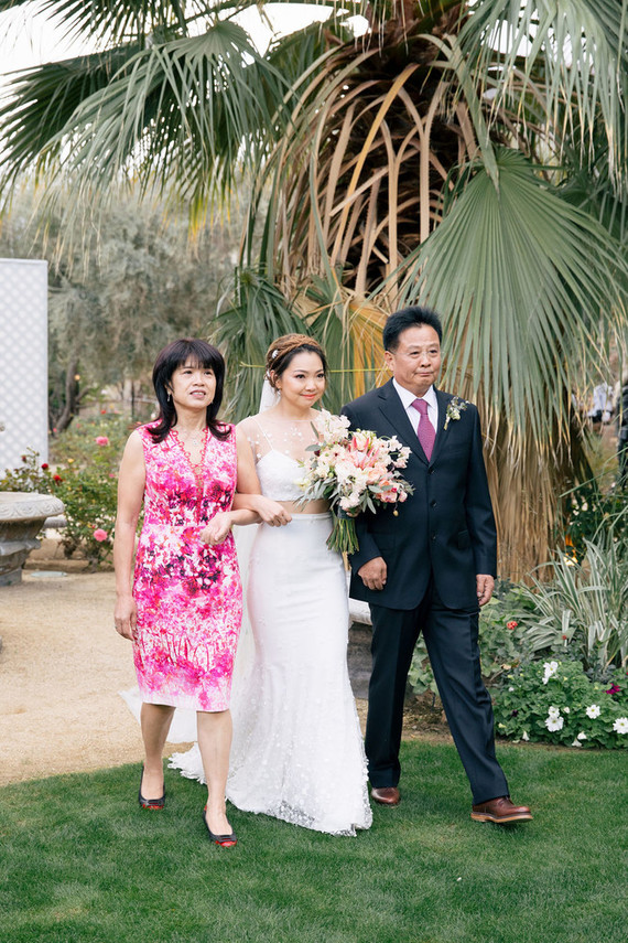 Modern blushy Palm Springs wedding at Colony 29