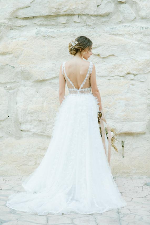 gorgeous cut out lace detail wedding dress
