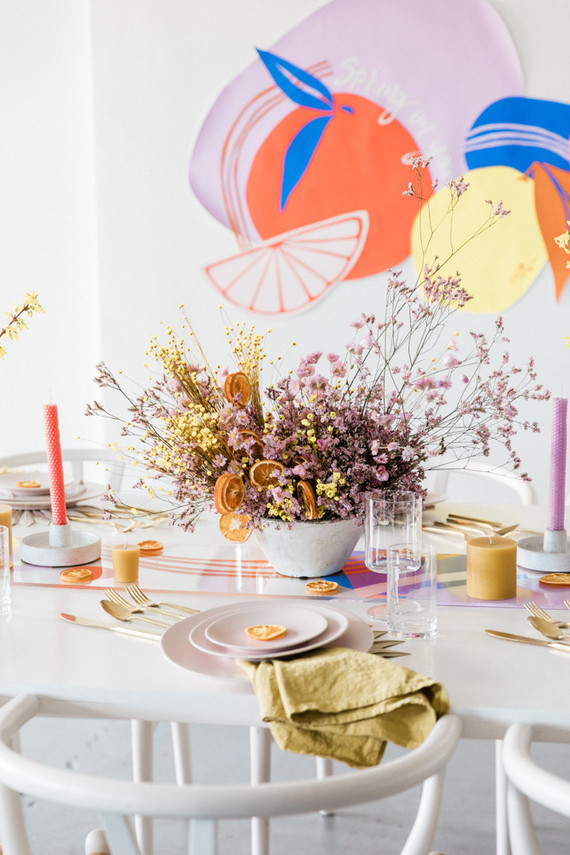 Modern spring tablescape ideas plus 3 spring cocktails