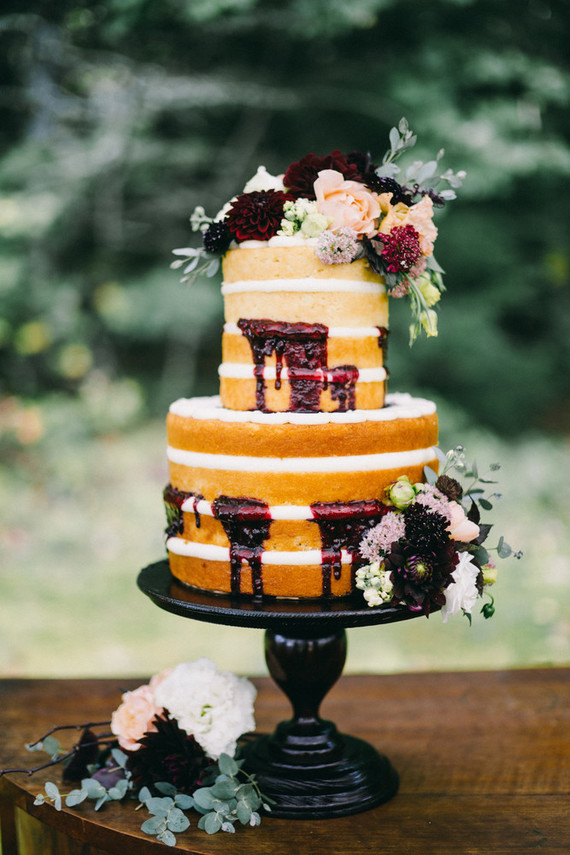 Naked cake for a brunch wedding