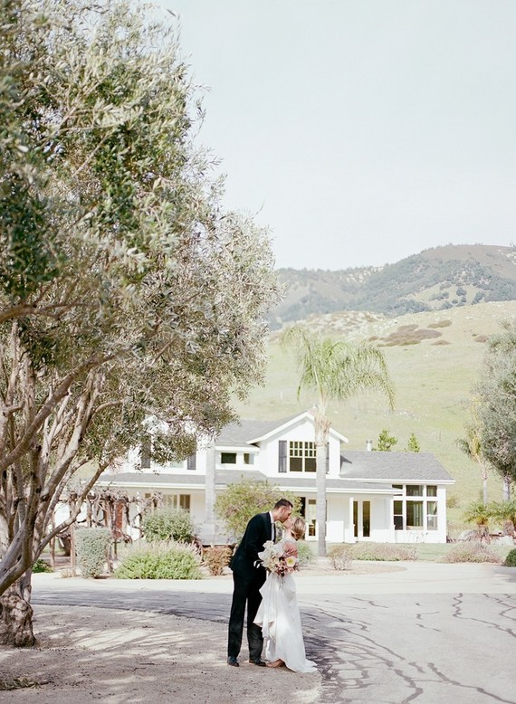 The ultimate in California elegance at this Higuera Ranch barn wedding in San Luis Obispo