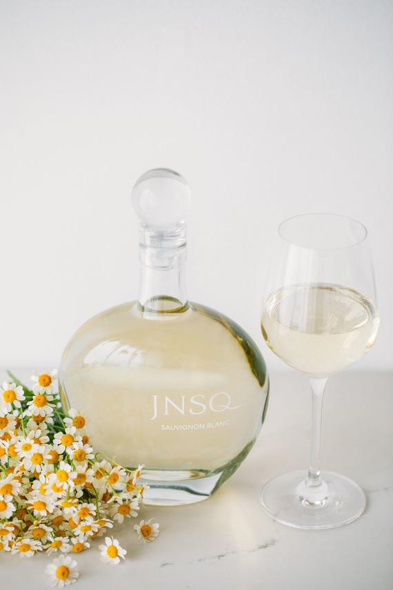 White wine JNSQ