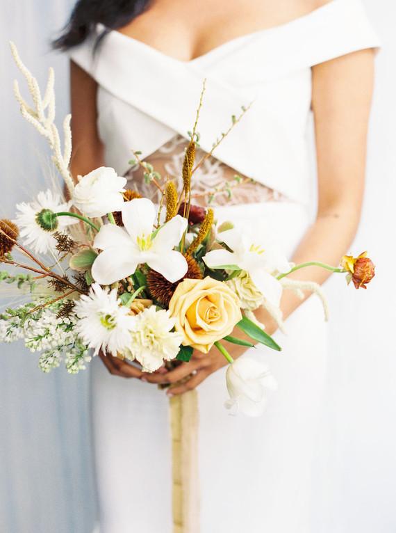 Modern wedding flowers