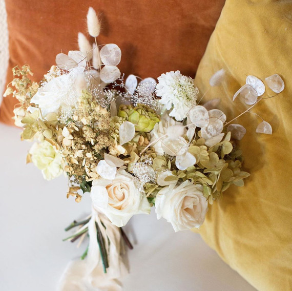 15 Gorgeous Bridal Bouquets Using Dried Flowers Wedding