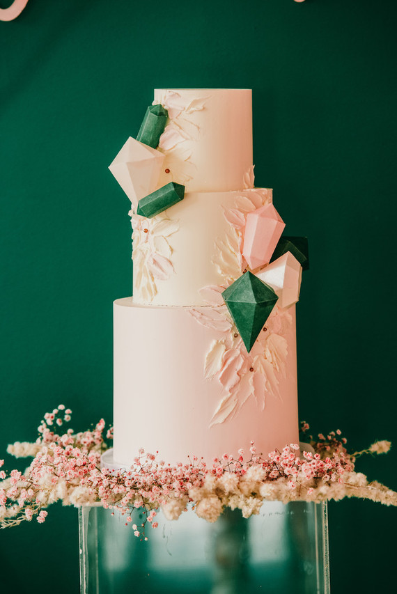 Jewel-themed birthday cake