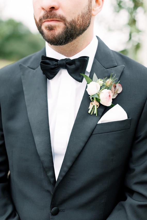 Spring groom's style