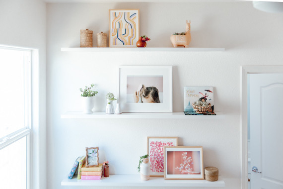Floating shelf decor