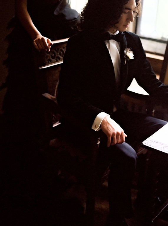 Formal groom's fashion